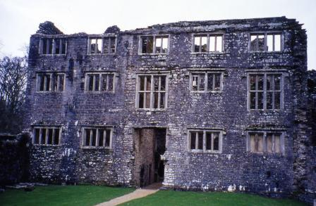 Berry Pomeroy Castle a haunted castle in Devon.